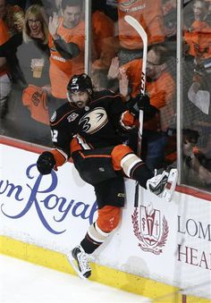 Matty P celebrates: Anaheim Ducks' Mathieu Perreault celebrates his goal against Dallas Stars during the first period in Game 1 of the first-round NHL hockey Stanley Cup playoff series on Wednesday, April 16, 2014, in Anaheim, Calif. (AP Photo/Jae C. Hong)
