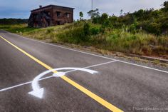 Bokor-Hill-Station-French-Ghost-Town-Cambodia-8.jpg (930×621)
