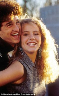 This is so very sad.... Rest in peace beautiful girl...Amanda Peterson...Can't Buy Me Love star Amanda Peterson dies at 43: Eighties teen sensation found dead at home.