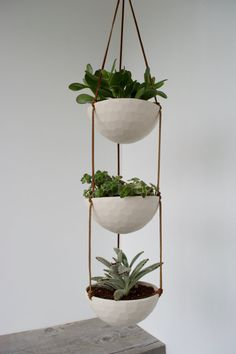 3 Tier Hanging Succulent Planter, Geometric Faceted or Smooth finish, choose Hemp or Leather Cording - Modern Diy Hanging Planter, Hanging Succulents, Planter Ideas, Diy Plant Stand, Plant Stands, Home And Deco, Plant Decor, Plant Hanger, Decoration