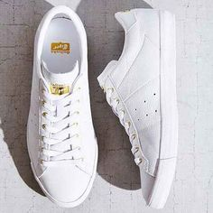 Asics Onitsuka Tiger Lawnship Leather Sneaker- White W