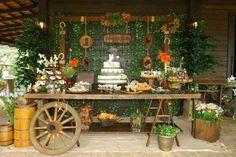 Como decorar una fiesta de xv años con tema vaquero http://ideasparamisquince.com/decorar-una-fiesta-xv-anos-tema-vaquero/