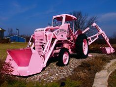 me> I think this is a good look for me, matches my pink tractor! Perfect Pink, Pink Love, Pretty In Pink, Pink Purple, Pink Color, Pink Tractor, Hot Pink, Tout Rose, Girly