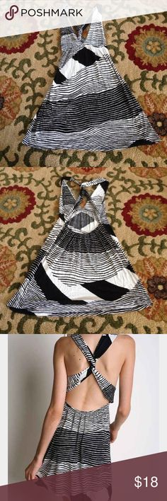 Urban outfitters black white jersey dress twist Urban outfitters silence noise twist back dress. Soft stretchy fabric. Great condition, no holes/tears/peeling. Made in USA. Urban Outfitters Dresses Mini