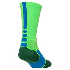 19fb61084709 Amazon.com   Nike Hyper Elite Socks Green Strike Soar Medium   Clothing