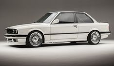 E30, nice and clean.