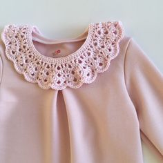 Crochet collar peter pan collar vintage by DesignToCelebrate