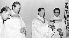 With his fellow Jesuits in 1976.  Victor Zorzin, Swinnen Andres, and Carlos Jorge Bergoglio Cravena.