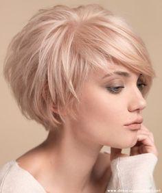 Kısa İnce Telli Saç Modeli