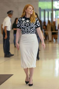 bryce-dallas-howard-out-and-about-in-new-york-03.jpg (1590×2385)