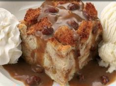 Yum... I'd Pinch That! | Famous Daves Bread Pudding