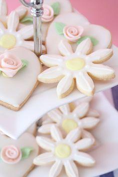 Bites of Sweetness: Gorgeous Sugar Cookies!