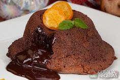 Receita de Petit gâteau de liquidificador em receitas de bolos, veja essa e outras receitas aqui!