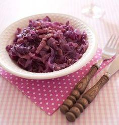 Chou rouge aux lards et aux pommes - les meilleures recettes de cuisine d'Ôdélices