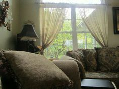 When you see it, you'll sh*t brix.    Clue: Pillows.