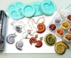 Mould - Ammonites by Ludmila Bakulina (Different sizes) Clay Tools, Uv Resin, Ammonite, Silicone Molds, Wire Wrapping, Polymer Clay, Etsy Seller, Create, Resins