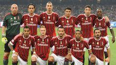 AC MIlan  Abiatti -  Nesta - Ibra -  Thiago -  Van Bommel -  Seedorf.  Boateng - Abate - Zambrotta - Binho - Gattuso.