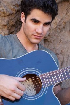 Darren Everett Criss -- an American actor, singer, songwriter, instrumentalist, and composer.