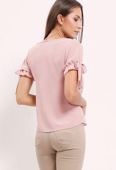 Self-Tie Short-Sleeve Top W/Necklace
