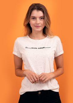 prendas bonitas que llenan el alma V Neck, T Shirts For Women, Tops, Fashion, Amor, Clothing Stores, T Shirts, Feminine, Moda