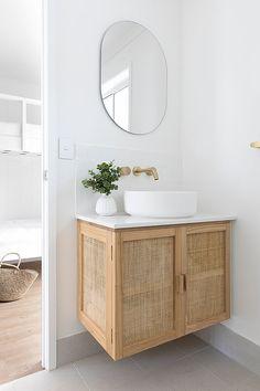 Bathroom Design Inspiration, Bathroom Interior Design, Home Decor Inspiration, Bathroom Renos, Laundry In Bathroom, Bathroom Goals, Custom Vanity, Beautiful Bathrooms, Interiores Design