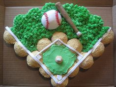 With Baseball Themed Cakes, Cookies, Cupcakes, Cake Pops And More, These Baseball Desserts Would Be An Amazing Treat For Any Baseball Themed Party! Baseball Desserts, Baseball Cupcakes, Cute Cupcakes, Cupcake Cookies, Themed Cupcakes, Baseball Treats, Baseball Snacks, Baseball Memes, Spring Cupcakes