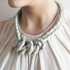 Three Knots (Leather) Necklace in  Cement | Dotti