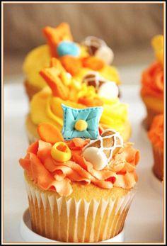 punjabi inspired cupcakes! look at that little dhol!