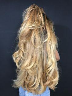 Thick Blonde Hair, Long Wavy Hair, Very Long Hair, Beautiful Braids, Beautiful Long Hair, Gorgeous Hair, Permed Hairstyles, Pretty Hairstyles, Rapunzel