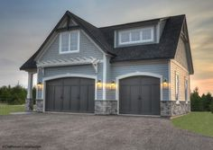 Carriage house - Traditional - Garage And Shed - Other Metro - Craftsman Construction