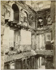 The gutted interior of the Tuileries Palace 1871 Photography Themes, War Photography, Palais Des Tuileries, Louvre Palace, Saint Cloud, Old Paris, French Architecture, French Empire, Le Palais