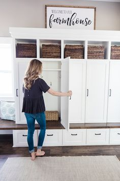 Mudroom laundry room – Farmhouse mudroom – Laundry mud room – Mud room storage – Mudroom design - Top Of The World Mudroom Laundry Room, Farmhouse Laundry Room, Mud Room Lockers, Modern Farmhouse Powder Room, Laundry Decor, Mudrooms With Laundry, Mud Room In Garage, Farmhouse Style, Built In Lockers