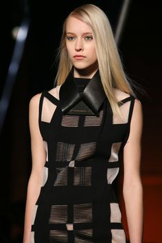 Fall 2014 Ready-to-Wear - Roland Mouret