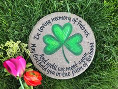 SHAMROCK Stepping Stone, Dad Memorial Gift, Fathers Day Gift, Personalized Garden Gift, Gift for Mom, Sympathy, Garden Gift, Shamrock by samdesigns22 on Etsy Gifts For Dad, Fathers Day Gifts, Personalized Garden Stones, Grandmother's Day, Memorial Garden Stones, In Memory Of Dad, Bereavement Gift, Irish Blessing, Baby Memories
