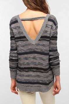 Urban Outfitters - Ecote Space-Dye V-Back Sweater