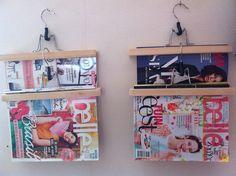 Ikea kleding hangers gebruikt om tijdschriften mee op te hangen!!!