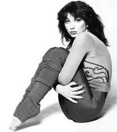 Kate Bush in leg warmers Uk Singles Chart, Celebs, Celebrities, Record Producer, Pop Music, New Wave, Music Artists, Beautiful Women, Actresses