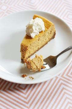 Easy pumpkin cheesecake from Noodlehead...yum!!!