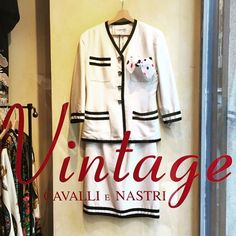 """""""SORRY Today we are CLOSED  #cavallienastri #vintage #vintageshop #vintagemilano #milano #milano2015 #expo2015 #viabrera #5viemilano  #vintagelook…"""""""