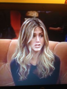 Rachel Green long wavy hair