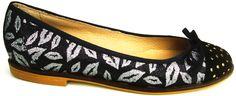 Kiss Kiss Flats - Frou Frou Shoes :)  http://www.froufroushoes.com/ballerinas/kiss-kiss-flats/  #froufrou #froufroushoes #flats #shoes #mitiendanube #zapatos #sapatos
