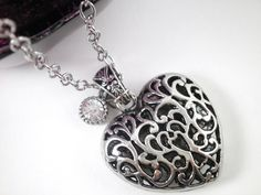 Celtic Filigree Heart Pendant Silver Victorian Heart Charming Pendant.