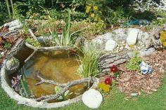 Dézsató mini vízeséssel, forrással