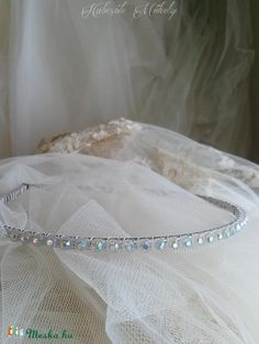 Meska - Strasszos hajpánt - Patina habcsokmuhely kézművestől Bracelets, Silver, Vintage, Jewelry, Fashion, Moda, Jewlery, Jewerly, Fashion Styles