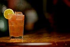 EL DIABLO: 2. oz Silver Tequila 1 oz Creme de Cassis 1 oz Lime Juice 2 oz Barritt's Ginger Beer #eldiablo #barritts #gingerbeer #tequila #cocktail