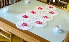 Trilho de mesa branco Florido – Linha Duna