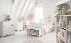 White & pink girls room I children I kids @Linda Bruinenberg Jones White