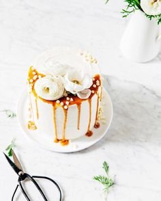 New post #ontheblog: #chocolate and earl grey london fog layer cake from @stylesweetca's new #layeredcookbook  a #giveaway! Link in profile. #hummingbirdhigh by hummingbirdhigh