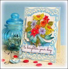Lovely Linda's Craft Central!! #fllc @flourisheslccom  #stamping @chameleonpens  @SBAdhesivesby3L  @imaginecrafts  @want2scrapco  #teamspellbinders #lovelylinda #lindalucas #cardmaking #DIY #handmade #paperart #winterblooms #linda d-t