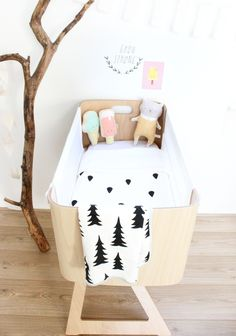 Choosing a Bassinet for the Nursery - by Kids Interiors Baby Bedroom, Baby Room Decor, Nursery Room, Kids Bedroom, Nursery Decor, Nursery Ideas, Baby Rooms, Project Nursery, Deco Kids